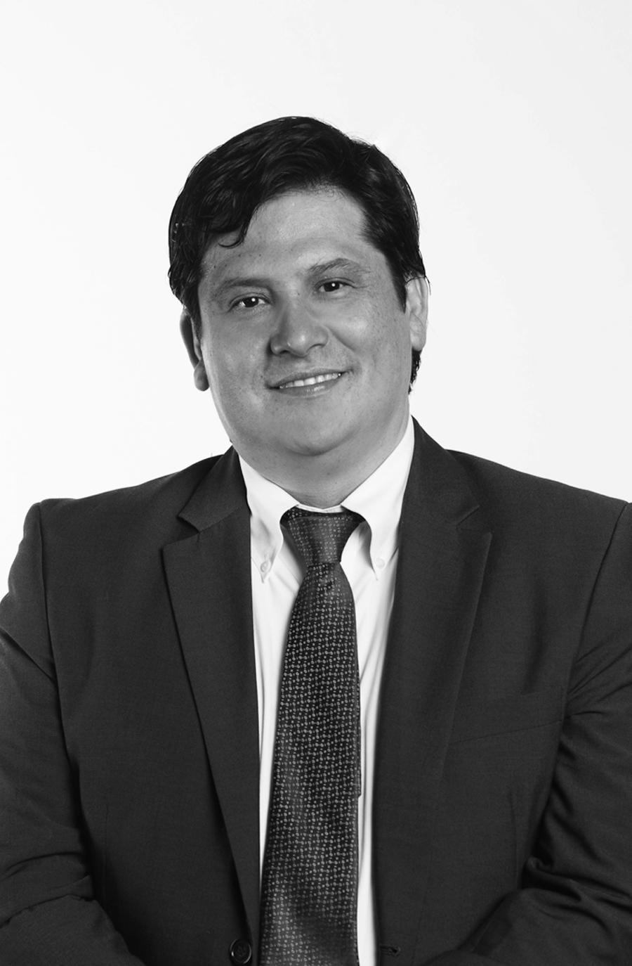 NICOLÁS OXMAN V.